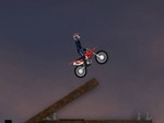 Gioca gratis a Dirt Bike 4